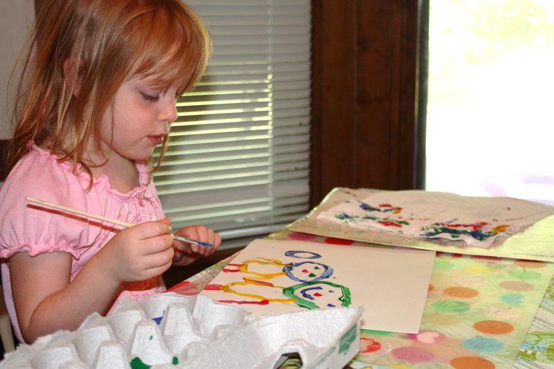 Gwen painting